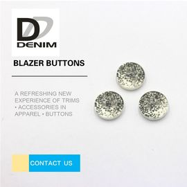 China Decorative Gray Novelty Sewing Buttons , Two Hole Button 20L 24L 26L 28L factory
