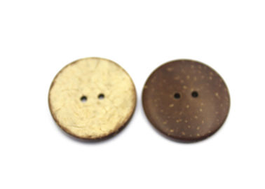 Natural Coconut Bulk Buttons 16L 2 / 4 Holes supplier